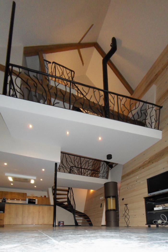 am nager une grange en habitation kn48 montrealeast. Black Bedroom Furniture Sets. Home Design Ideas